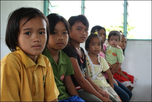 children of Supulut village